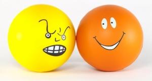 ảnh hưởng tích cực và tiêu cực của việc đầu cơ